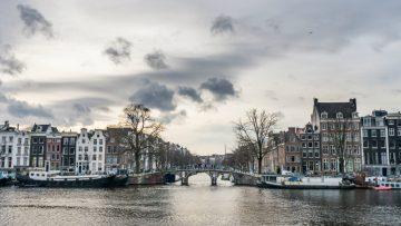 Hoe makelaars in Amsterdam een half miljard euro aan lucht verkochten