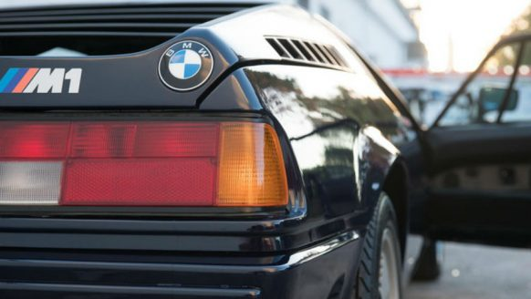 Deze koningsblauwe BMW M1 is een zeldzame supercar