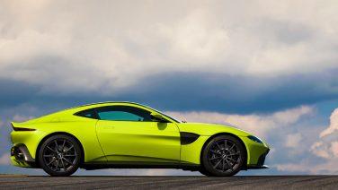 De nieuwe Aston Martin is de term 'supercar' meer dan waardig