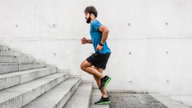 Met deze intensieve 15 minuten training word en blijf jij fit