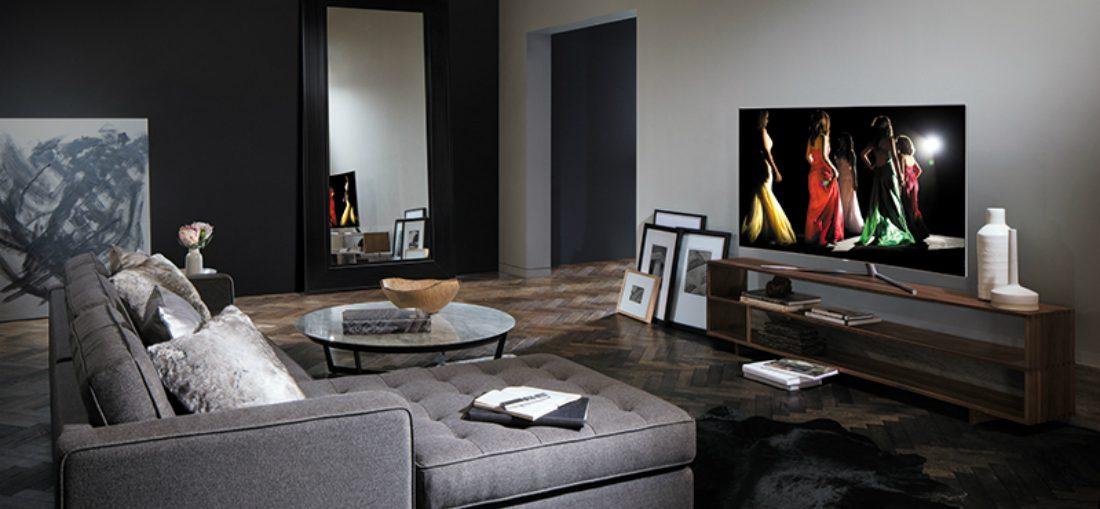 Waarom de tv het minst smaakvolle object is in de woonkamer | MAN MAN