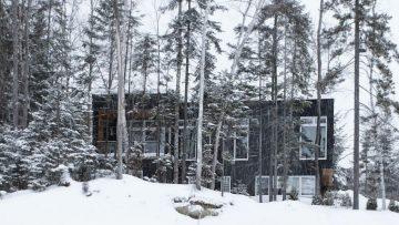 Deze stijlvolle chalet geeft een unieke winterervaring