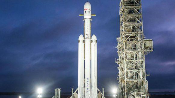 Elon Musk heeft met zijn SpaceX de krachtigste raket ooit weten te realiseren