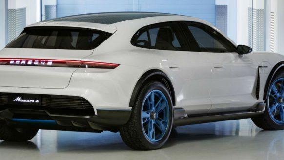 Porsche komt met dé Tesla concurrent: Mission E Cross Turismo
