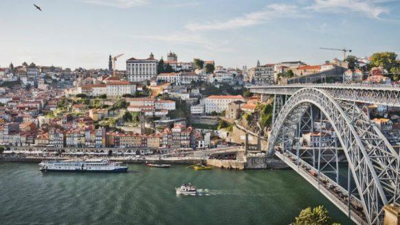 Bucketlist item: Portugal verkennen met de Land Rover Defender