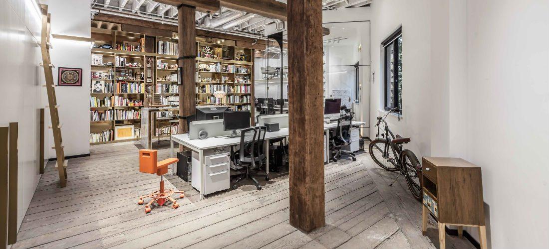 Dit droomkantoor in Shanghai laat zien hoe stijlvol een werkvloer kan zijn