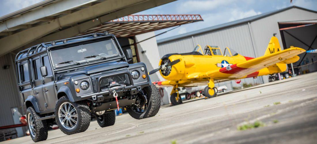 De 'Dark Knight' Land Rover D110 is de bruutste bak die jij vandaag zal zien