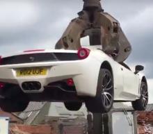 Britse politie sloopt Ferrari ter waarde van twee ton