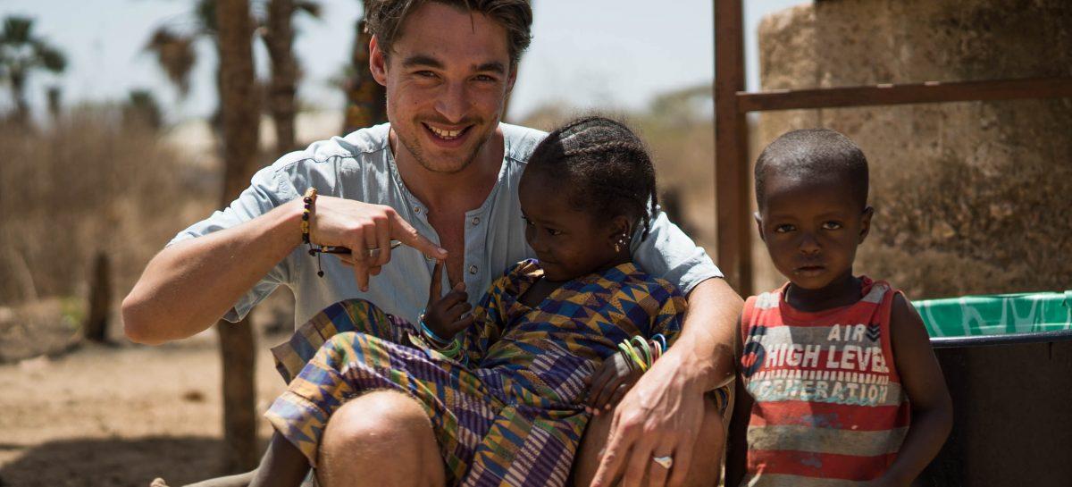MAN MAN ontdekte het nog rauwe en pure binnenland van Gambia