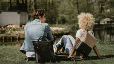 Dit Nederlandse tassenmerk ontwierp de perfecte zomertas