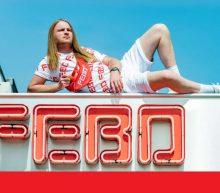 Bezoek elk festival in stijl met de limited edition festivalcollectie van de FEBO