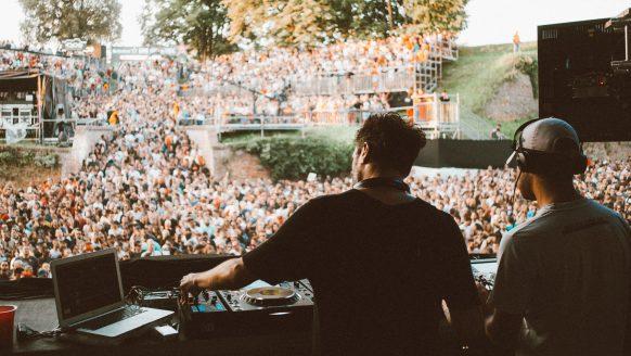 De Dance Arena op het Exit Festival is de bruutste techno stage van Europa