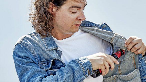 Het Pilsjasje van Dommelsch bezit de tofste gadgets voor de pilsliefhebber