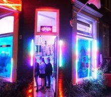 Onlangs geopend: een pop-up store waar je drugs kan inruilen tegen sportswear