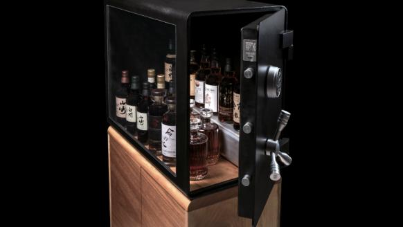 Bewaar je flessen veilig en stijlvol in deze must-have whiskykluis