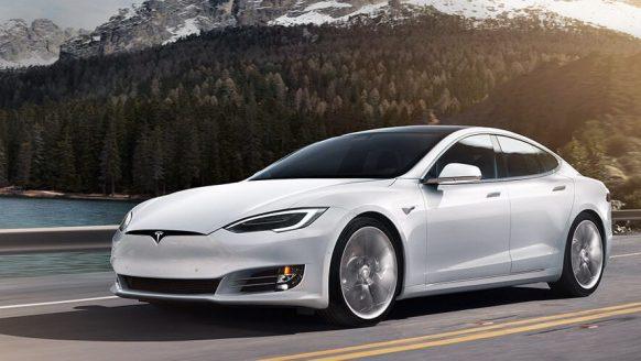 Elektrisch rijden is een ervaring op zich met de Tesla model S 75D